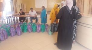 لجنة الشؤون الاجتماعية بفضاء النسيج الجمعوي توزع 280 قفة العيد لفائدة الأيتام ومرضى القصور الكلوي